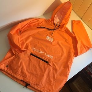 CULTURE KINGS NFS XL spray jacket limited edition